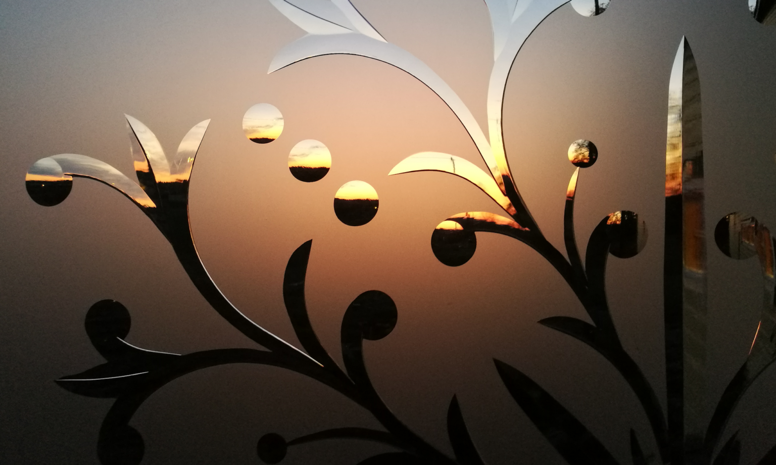 Hand-engraved and frosted glass