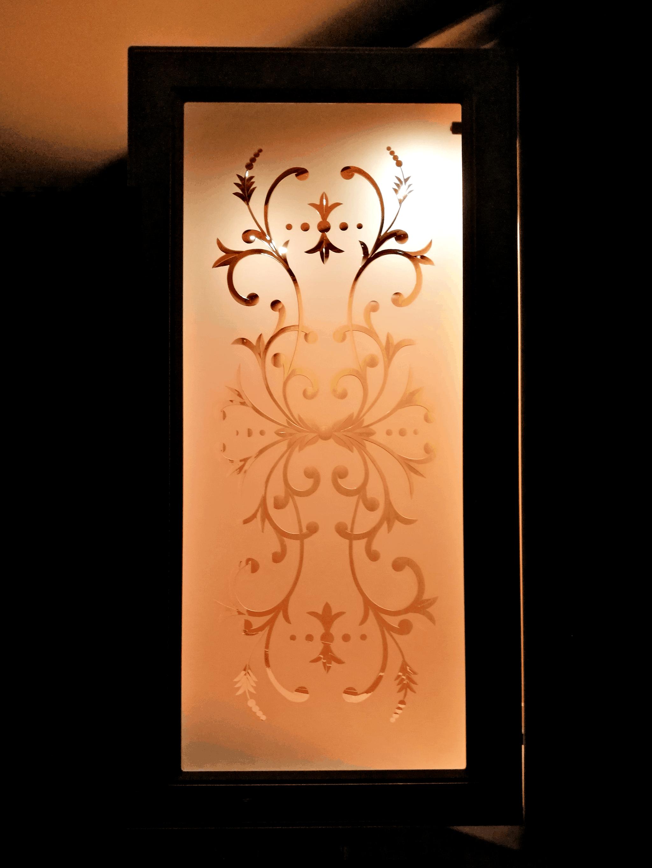 Brilliant-hiottu vitriinioven lasi